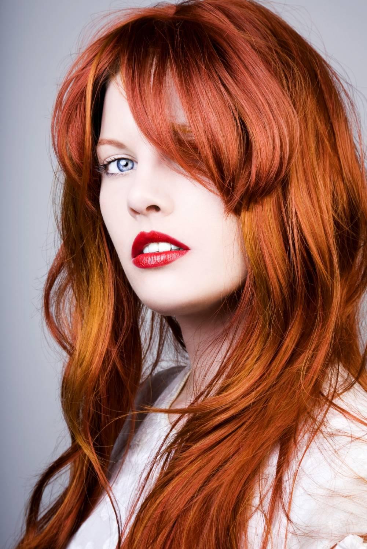 Рыжий цвет волос у темных девушек фото